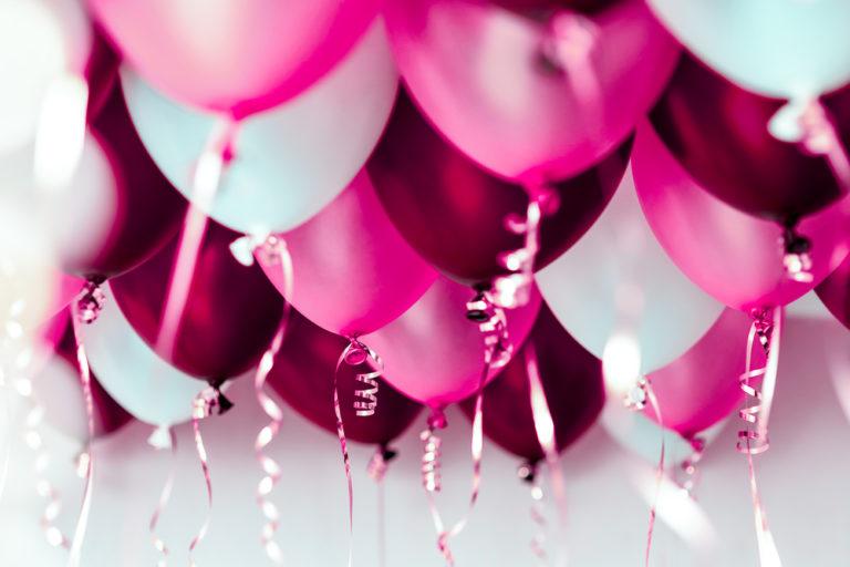 Красиві привітання Діані своїми словами з днем народження