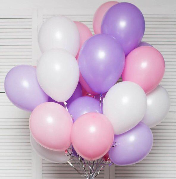 Красиві привітання Валерії своїми словами з днем народження