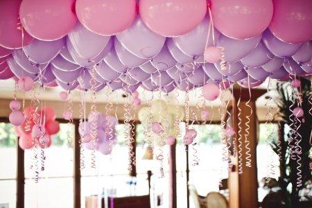 Короткі привітання жінці з днем народження своїми словами